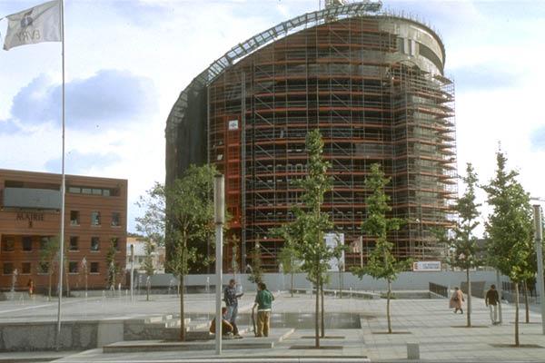 Construction de la cathédrale 1995